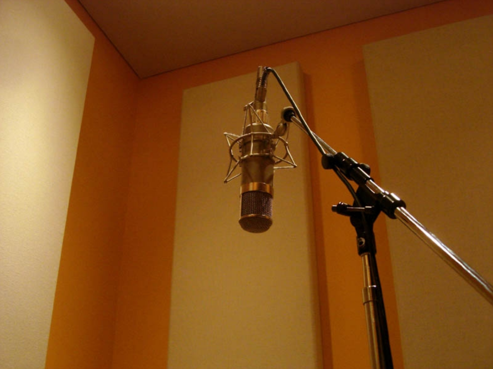 isolation booth (3)